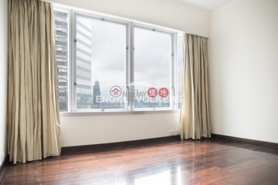 2 Bedroom Flat for Rent in Wan Chai, Convention Plaza Apartments 會展中心會景閣 Rental Listings | Wan Chai District (EVHK42834)
