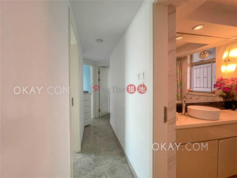 Lovely 3 bedroom with parking   Rental, The Waterfront Phase 1 Tower 3 漾日居1期3座 Rental Listings   Yau Tsim Mong (OKAY-R139429)