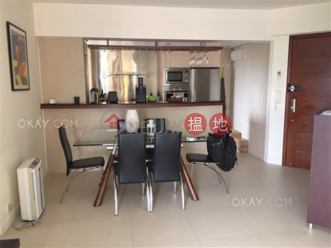 Intimate 2 bedroom with sea views & balcony   For Sale Discovery Bay, Phase 3 Hillgrove Village, Brilliance Court(Discovery Bay, Phase 3 Hillgrove Village, Brilliance Court)Sales Listings (OKAY-S66306)_0