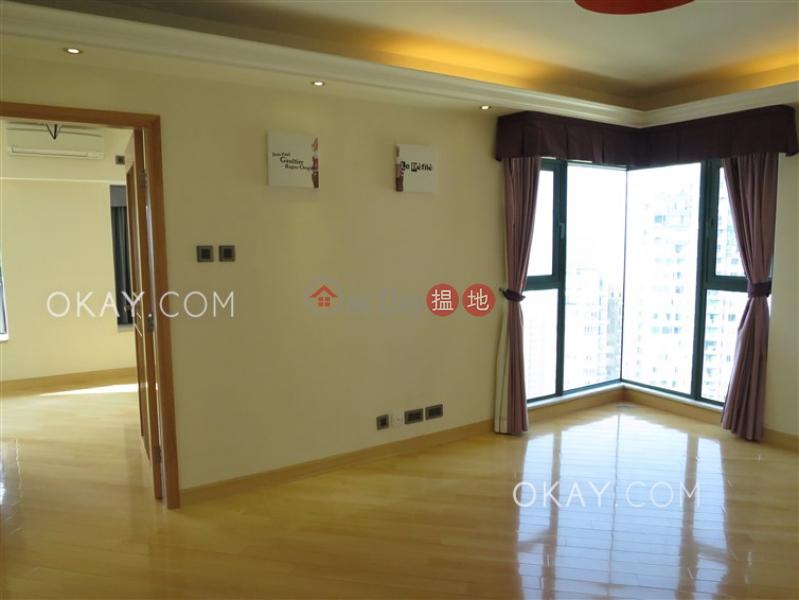 Lovely 1 bedroom on high floor | For Sale | University Heights Block 2 翰林軒2座 Sales Listings