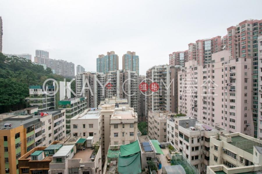 HK$ 22M   Fleur Pavilia Tower 1, Eastern District   Elegant 3 bedroom in North Point   For Sale