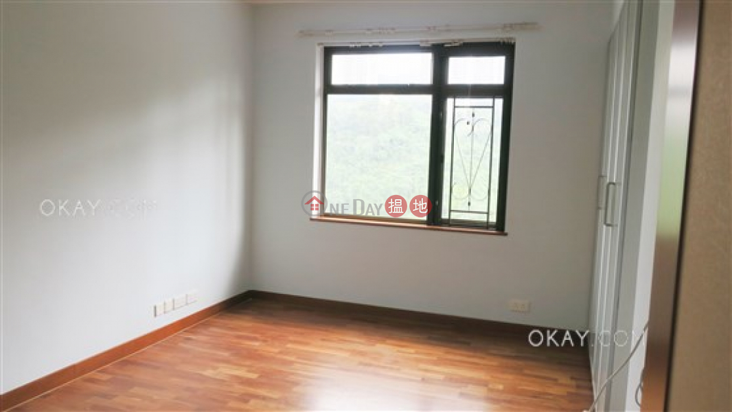 Efficient 4 bedroom with sea views & parking | For Sale | Villa Lotto Block A 樂陶苑A座 Sales Listings