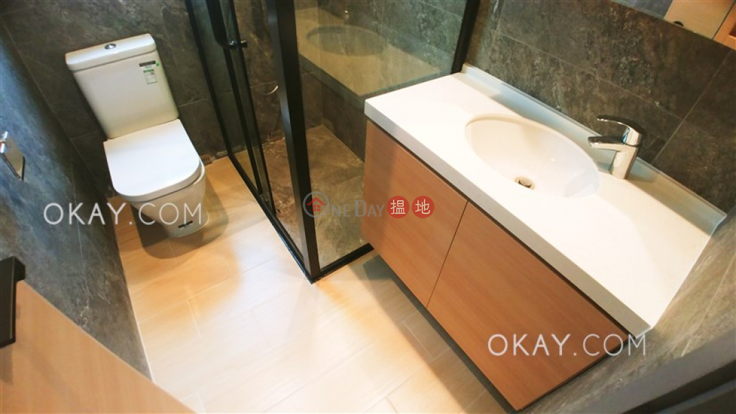 HK$ 28,700/ month | Hai Kwang Mansion, Western District, Unique 2 bedroom on high floor with sea views | Rental