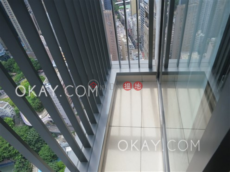 Gorgeous 3 bedroom on high floor with balcony & parking | For Sale | The Oakhill 萃峯 Sales Listings
