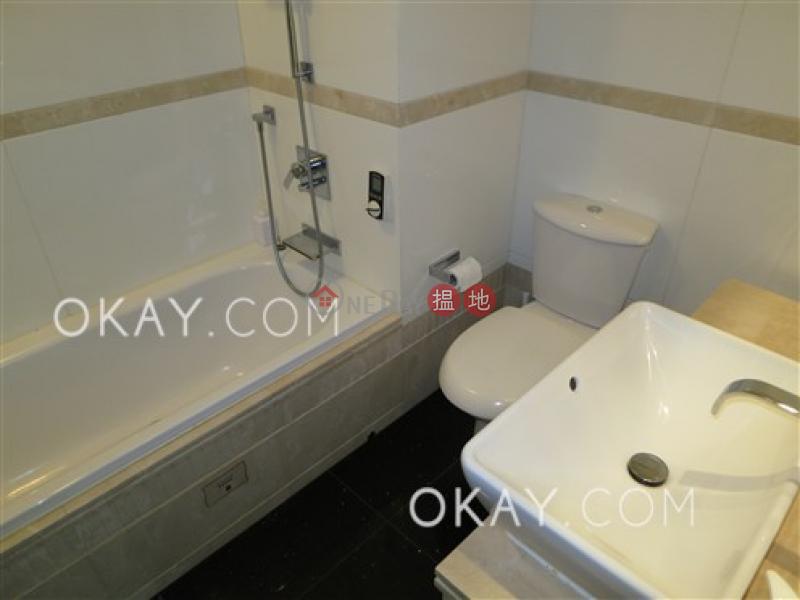 HK$ 2,800萬 名門 3-5座-灣仔區 3房2廁,星級會所,可養寵物,連車位《名門 3-5座出售單位》