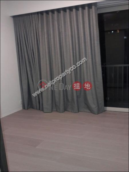 HK$ 1,400萬-鴨巴甸街28號 中區-Open-plan Kitchen Modern Contemporary Decor Apt