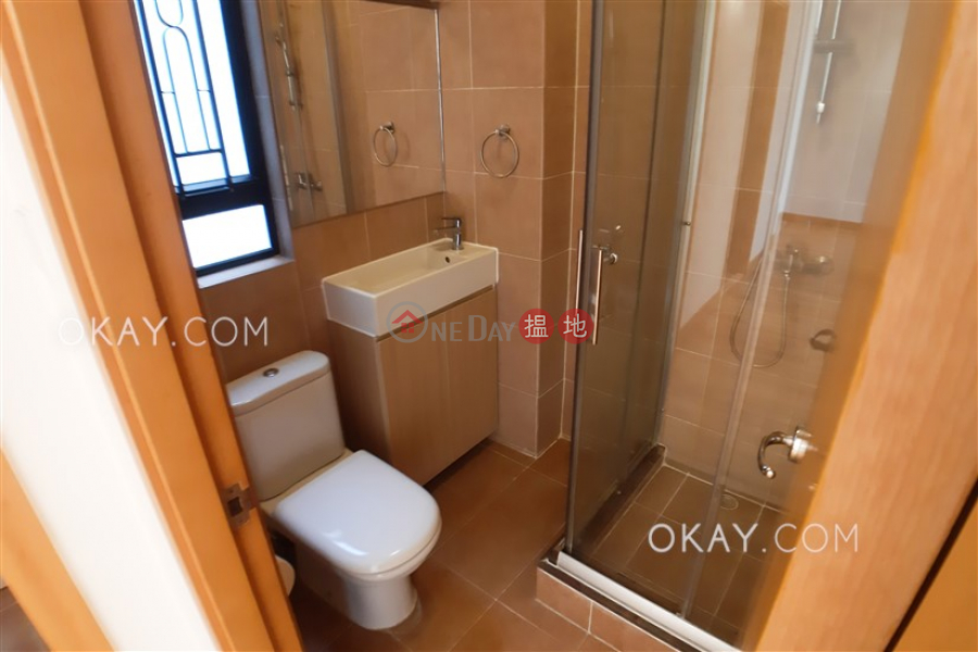 HK$ 48,000/ month Merry Garden, Eastern District Nicely kept 3 bedroom with balcony & parking | Rental