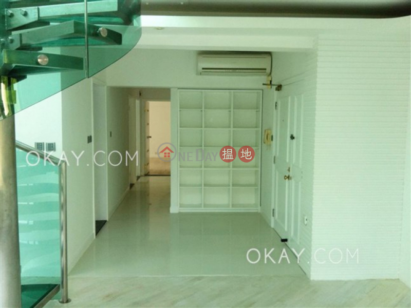 Property Search Hong Kong | OneDay | Residential | Sales Listings | Charming penthouse with rooftop & parking | For Sale