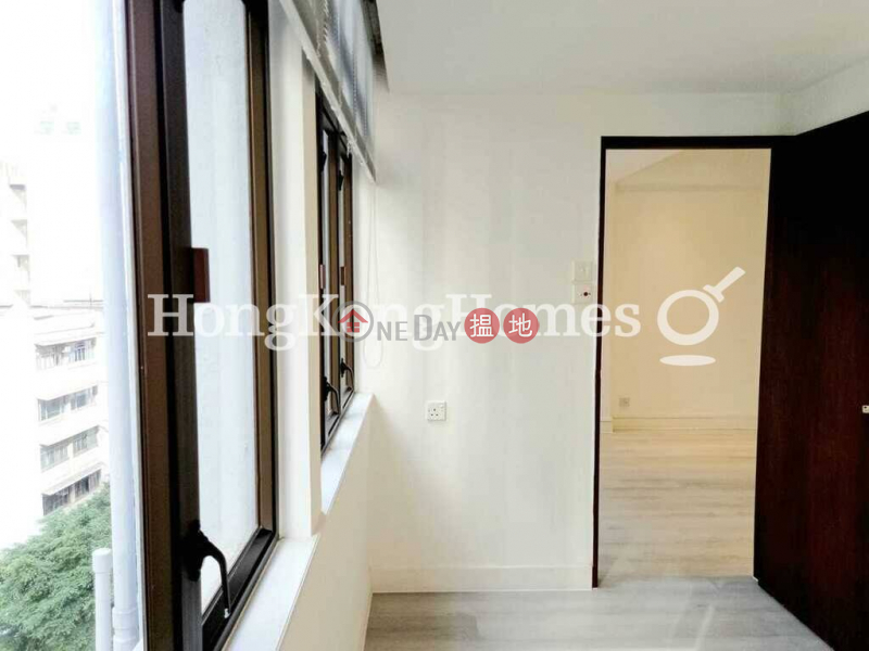 HK$ 33,000/ month Peacock Mansion, Western District   3 Bedroom Family Unit for Rent at Peacock Mansion