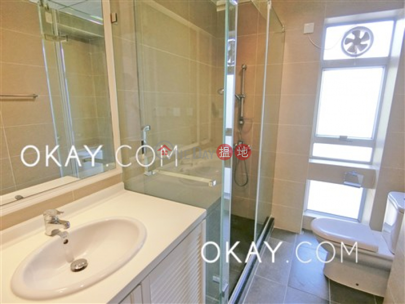 HK$ 72,000/ month Unicorn Gardens, Southern District | Efficient 3 bed on high floor with balcony & parking | Rental