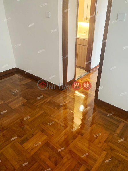 Property Search Hong Kong | OneDay | Residential | Rental Listings Kennedy Town Centre | 3 bedroom Low Floor Flat for Rent