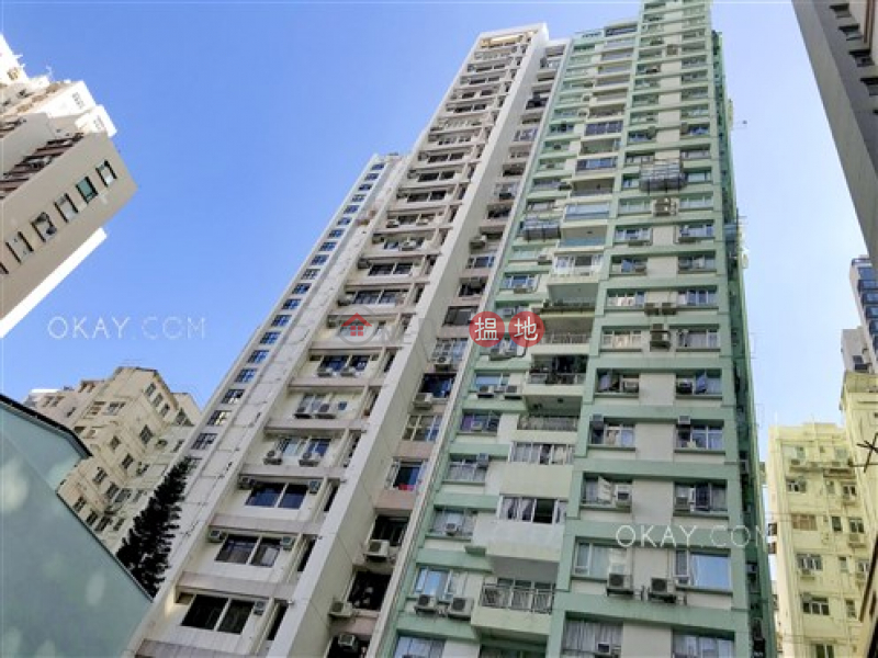 Efficient 2 bedroom with balcony & parking | Rental | La Vogue Court 利華閣 Rental Listings