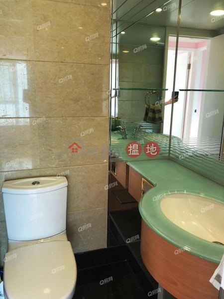 HK$ 1,800萬|藍灣半島 1座|柴灣區高層海景,都會繁華,環境優美《藍灣半島 1座買賣盤》