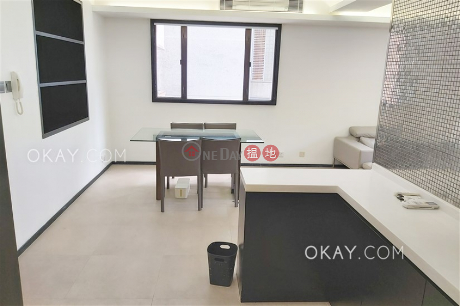 Popular 1 bedroom in Mid-levels West | Rental | Caine Building 廣堅大廈 Rental Listings