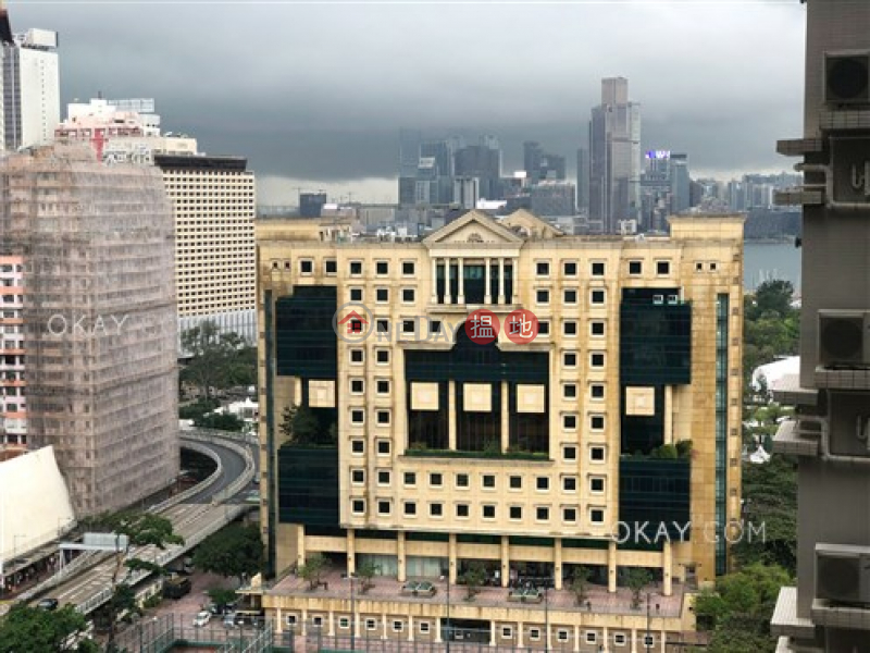 HK$ 35,000/ 月瑆華灣仔區 2房2廁,極高層,露台《瑆華出租單位》