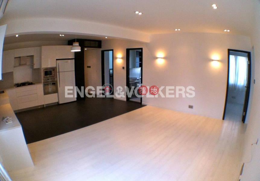 3 Bedroom Family Flat for Rent in Soho, Kam Kin Mansion 金堅大廈 Rental Listings | Central District (EVHK14372)