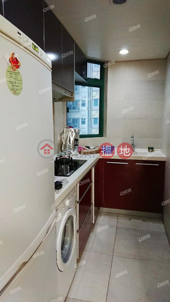 Property Search Hong Kong | OneDay | Residential | Rental Listings | Tower 5 Grand Promenade | 2 bedroom Mid Floor Flat for Rent