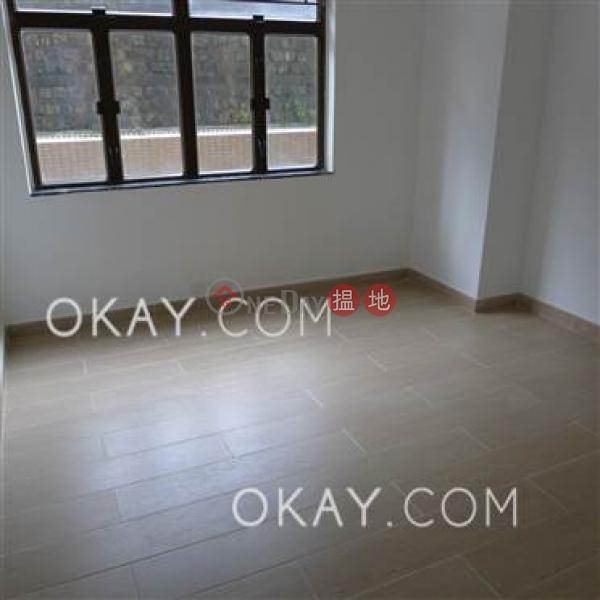 3房2廁,實用率高,星級會所,露台聯邦花園出租單位-41干德道   西區香港出租 HK$ 57,000/ 月