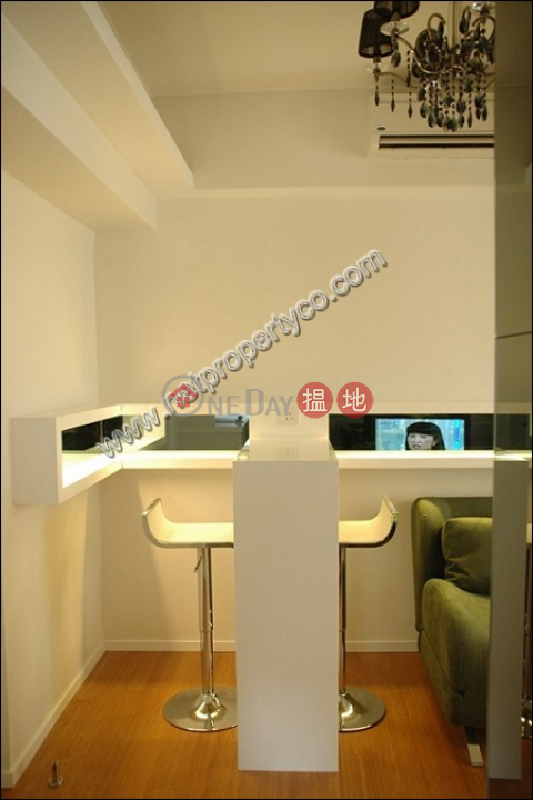 Furnished 1-bedroom unit for rent in Sheung Wan|Lee Wah Mansion(Lee Wah Mansion)Rental Listings (A037053)_0