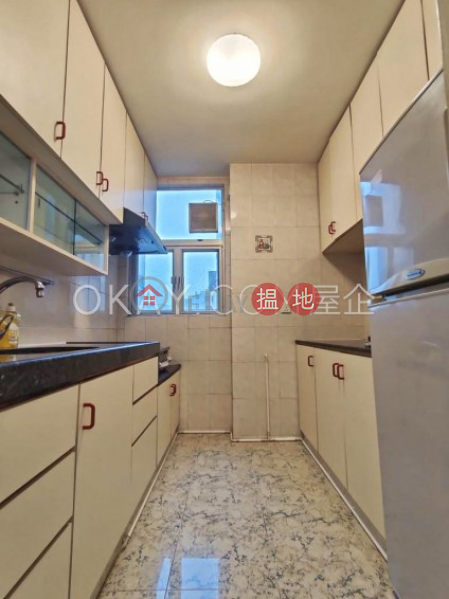 HK$ 27,000/ month   (T-25) Chai Kung Mansion On Kam Din Terrace Taikoo Shing, Eastern District   Generous 3 bedroom on high floor   Rental