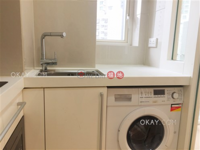 Lovely 1 bedroom with balcony | Rental, The Icon 干德道38號The ICON Rental Listings | Western District (OKAY-R210821)