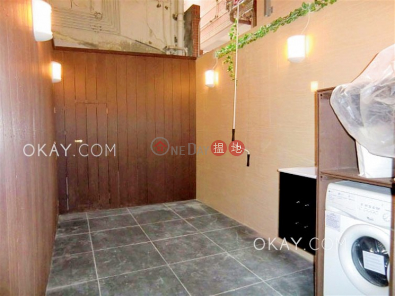 Property Search Hong Kong | OneDay | Residential | Rental Listings Gorgeous 2 bedroom in Mid-levels West | Rental