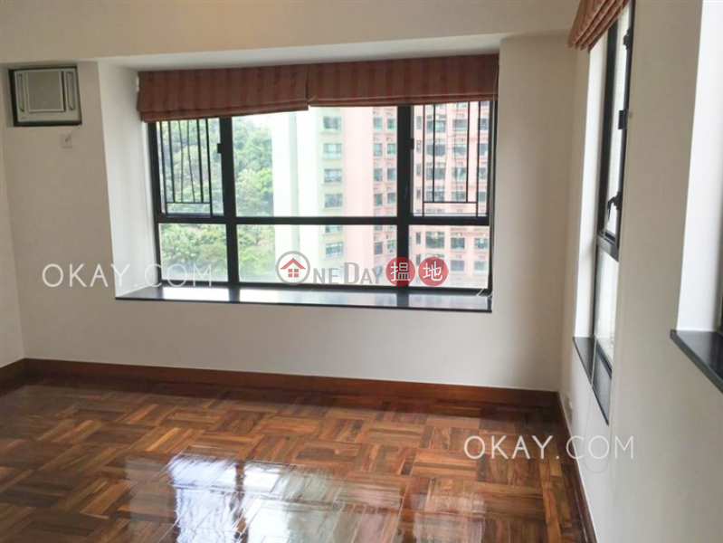 Nicely kept 2 bedroom with parking | Rental, 52 Conduit Road | Western District | Hong Kong Rental HK$ 33,000/ month