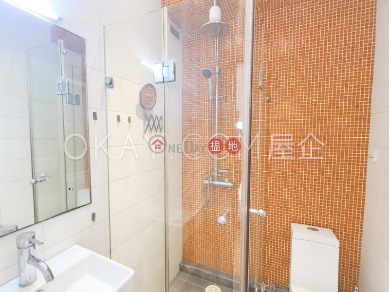 Practical 2 bedroom on high floor with rooftop   Rental 152-154 Hollywood Road   Western District Hong Kong Rental HK$ 25,000/ month