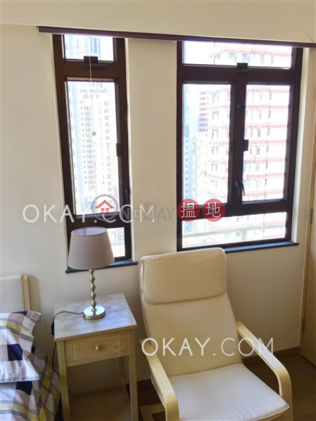 Intimate 2 bedroom in Wan Chai | For Sale | Gold Harbour Mansion 金港大廈 Sales Listings