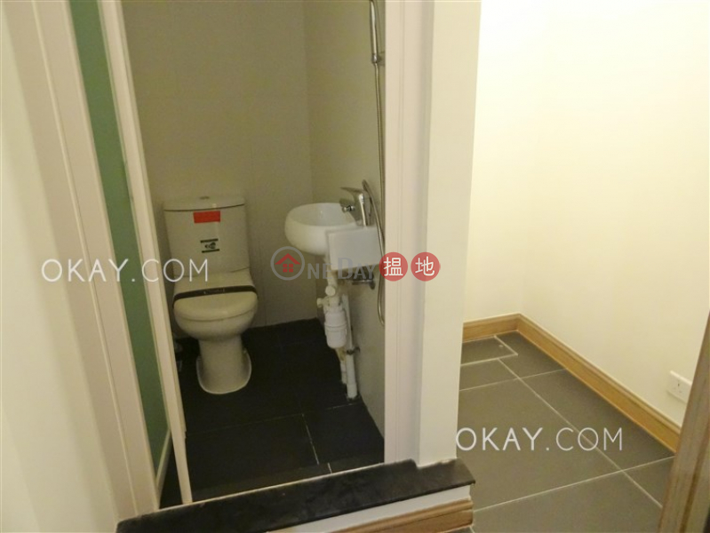 Gorgeous 3 bedroom with balcony | Rental, My Central MY CENTRAL Rental Listings | Central District (OKAY-R326782)