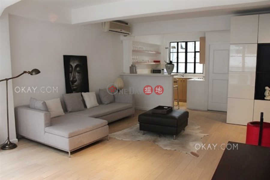 Gorgeous 1 bedroom on high floor with rooftop & balcony | For Sale | 36 Elgin Street 伊利近街36號 Sales Listings