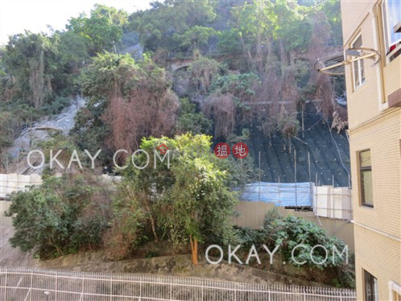 Unique 3 bedroom with balcony & parking | Rental | Ewan Court 倚雲閣 Rental Listings