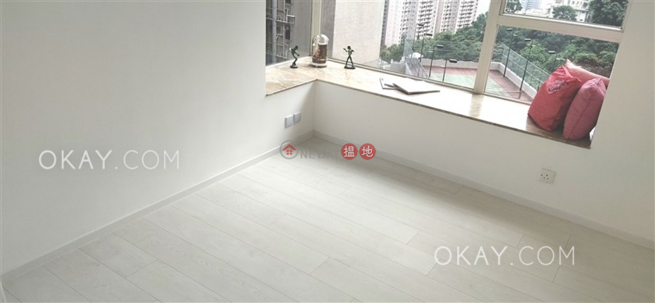 Lovely 2 bedroom in Mid-levels Central | Rental | Valverde 蔚皇居 Rental Listings