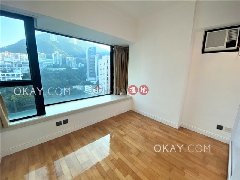 HK$ 10.08M | Cathay Lodge, Wan Chai District Gorgeous 3 bedroom on high floor | For Sale
