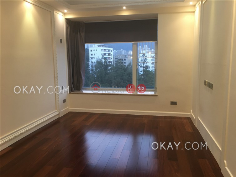 Luxurious 2 bedroom with balcony & parking | Rental | ONE BEACON HILL PHASE3 畢架山一號3期 Rental Listings