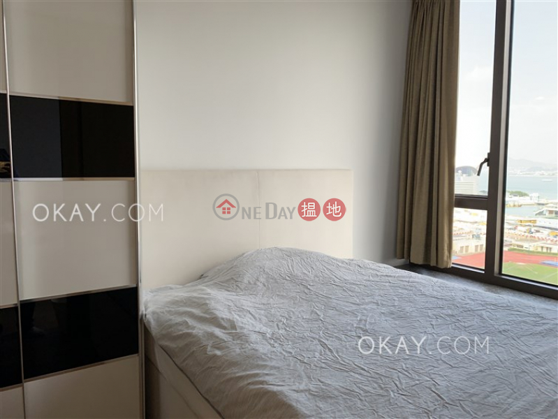 Charming 1 bedroom with harbour views & balcony | Rental | The Gloucester 尚匯 Rental Listings