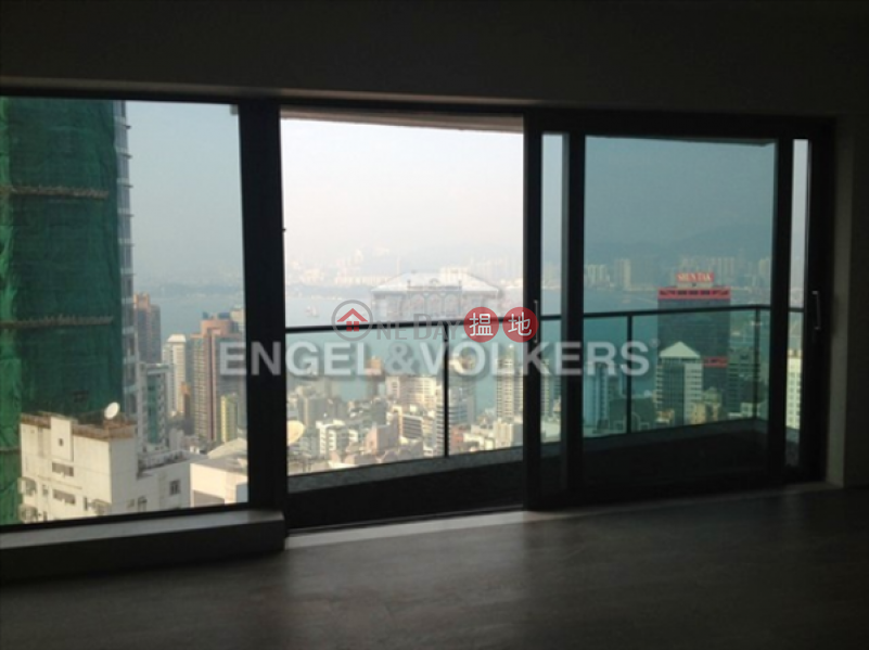 3 Bedroom Family Flat for Sale in Mid Levels West | Azura 蔚然 Sales Listings