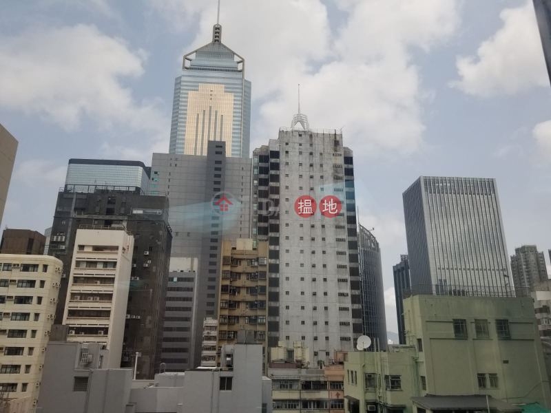 HK$ 28,056/ 月 運盛大廈灣仔區電話: 98755238