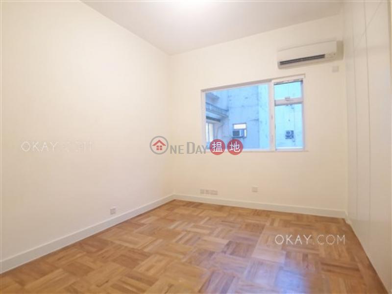 HK$ 120,000/ month | Carolina Garden, Central District, Efficient 3 bedroom with balcony & parking | Rental