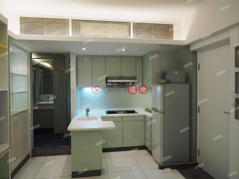 HK$ 22,000/ month Yee Fung Building | Wan Chai District, Yee Fung Building | High Floor Flat for Rent