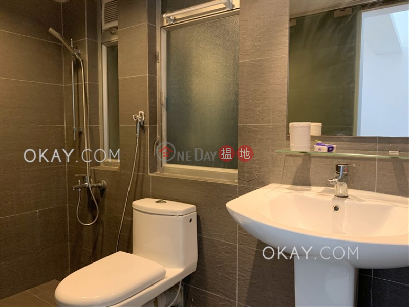 Luxurious 2 bedroom in Causeway Bay | For Sale | Bright Star Mansion 星輝大廈 Sales Listings