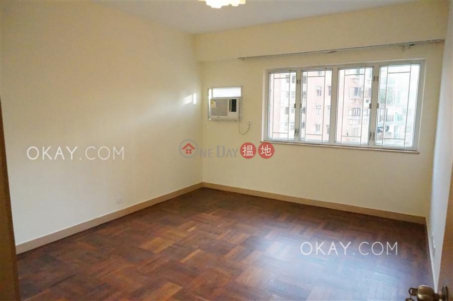 3房2廁,實用率高,連租約發售,露台峰景大廈出租單位-60雲景道 | 東區香港-出租-HK$ 65,000/ 月