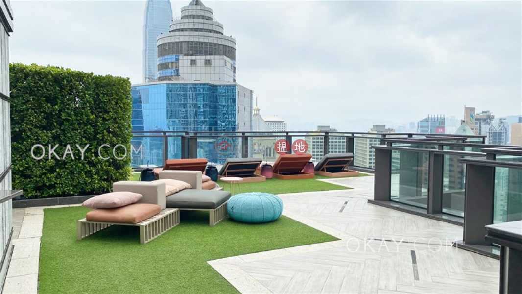 HK$ 29,000/ month | Townplace Soho | Western District | Generous 1 bedroom on high floor with balcony | Rental