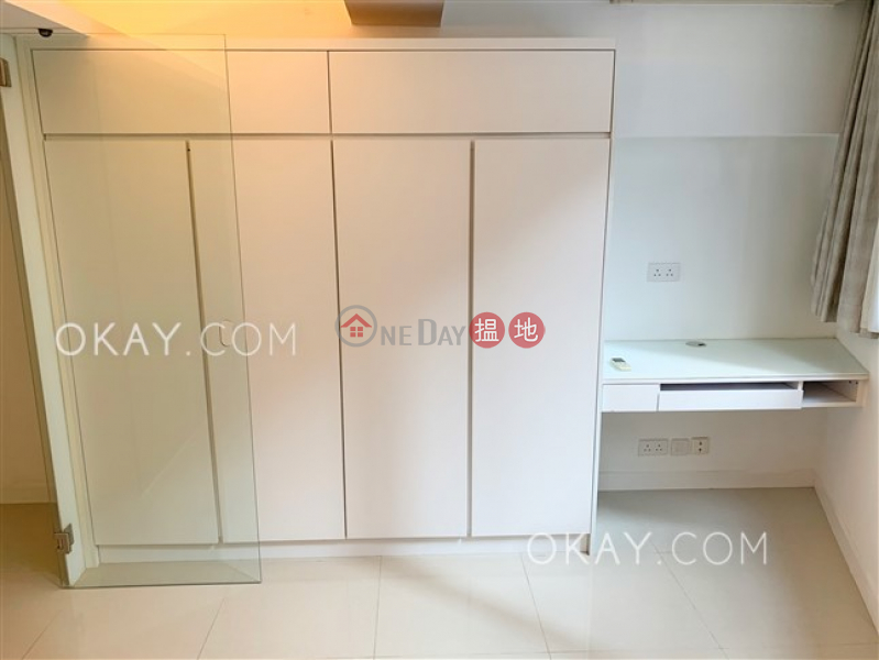 HK$ 29,000/ month 103-105 Jervois Street Western District Charming 2 bedroom in Sheung Wan | Rental