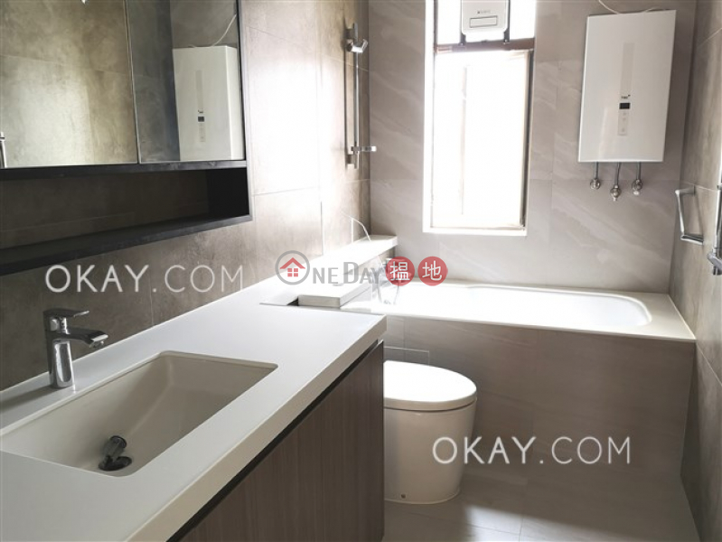 HK$ 128,000/ month | Bamboo Grove Eastern District Stylish 3 bedroom on high floor with parking | Rental