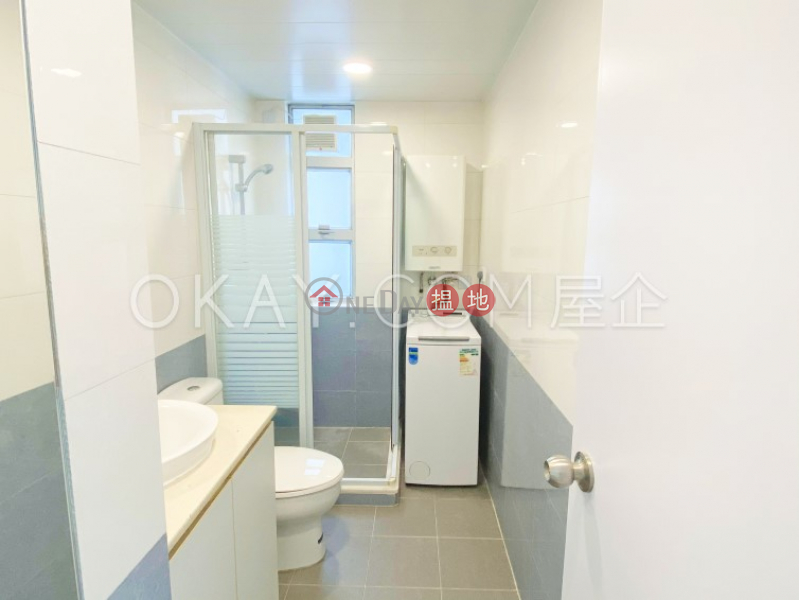 Charming 3 bedroom with parking   Rental, The Fortune Gardens 福澤花園 Rental Listings   Western District (OKAY-R58477)