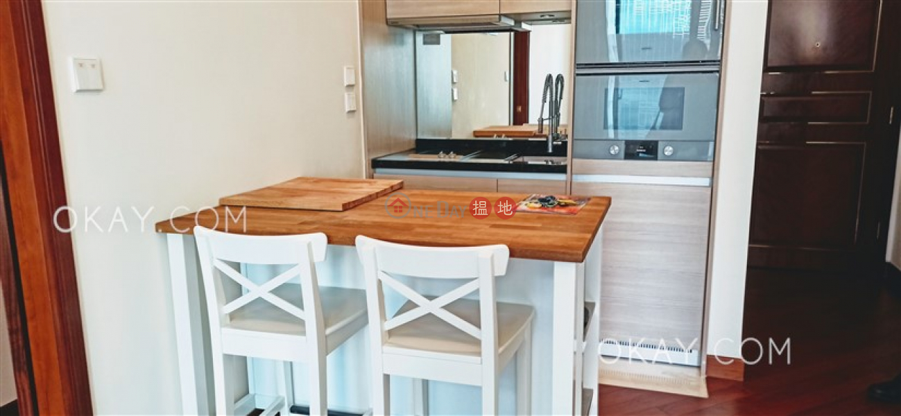 Nicely kept 1 bedroom with sea views & balcony | Rental | The Avenue Tower 2 囍匯 2座 Rental Listings
