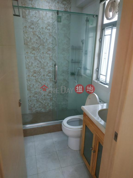 Flat for Rent in Hay Wah Building BlockA, Wan Chai 71-85 Hennessy Road | Wan Chai District | Hong Kong, Rental, HK$ 26,000/ month