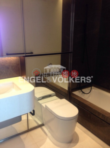 2 Bedroom Flat for Rent in Mid Levels West | Arezzo 瀚然 Rental Listings