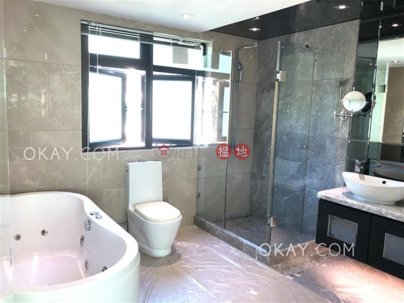 HK$ 75,000/ month La Caleta   Sai Kung   Luxurious house with sea views, rooftop & balcony   Rental